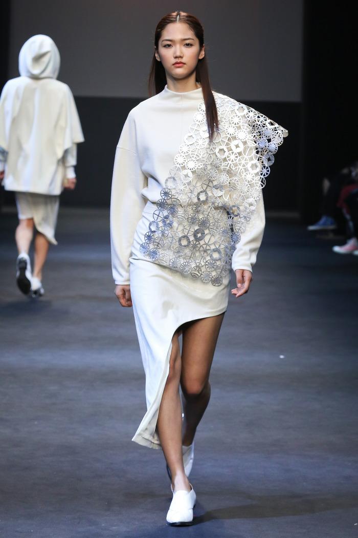 F W 20177 18 Future Trend The Danish Girl: 포스트 디셈버 2015년 F/W 컬렉션-소리는 어떻게 옷과 만나는가